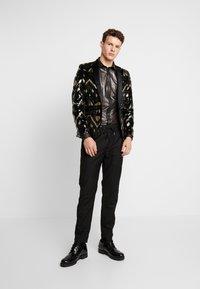 Twisted Tailor - CROSSER SHIRT - Shirt - black - 1