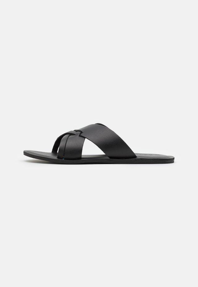 SCICILIY CROSS STRAP - Pantofle - black