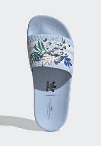 adidas Originals - ADILETTE ORIGINALS - Chanclas de baño - blue - 3