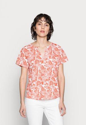 GESINA - T-shirt print - ginger