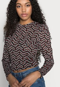 ONLY Petite - ONLPELLA PUFF  - Long sleeved top - black - 3