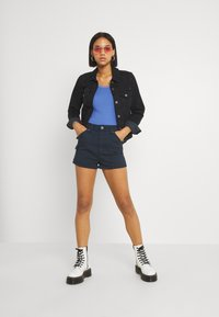 BDG Urban Outfitters - SCOOP TANK - Topper - blue - 1