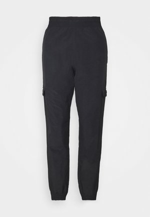 CARGO PANTS ROCHESTER - Tracksuit bottoms - black