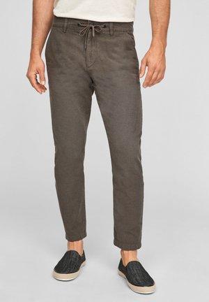 SLIM FIT - Trousers - brown