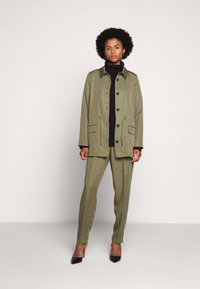 Bruuns Bazaar - TELMAH DAHLIA PANT - Trousers - olive tree - 1