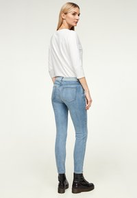 comma casual identity - COUPE DÉLAVÉ - Jeans Skinny Fit - dark blue - 2