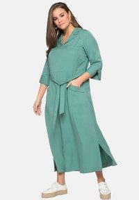 Sheego - Maxi dress - see green - 0