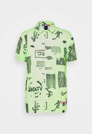 FC - Shirt - lime glow/black