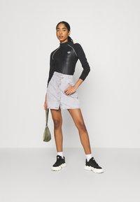 adidas Originals - BODY - Maglietta a manica lunga - black - 1