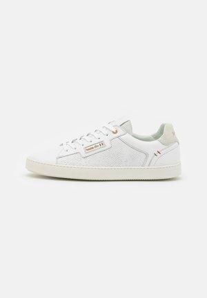 TERMI UOMO  - Sneakers laag - triple white