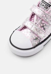 Converse - CHUCK TAYLOR ALL STAR  - Tenisky - pink glaze/silver/white - 5