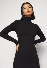 Missguided Petite - ROLL NECK  MIDI DRESS - Shift dress - black - 4