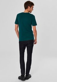 Selected Homme - SHDTHEPERFECT - T-paita - green - 2