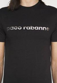Paco Rabanne - TEE UNISEX - Triko spotiskem - black/silver - 5