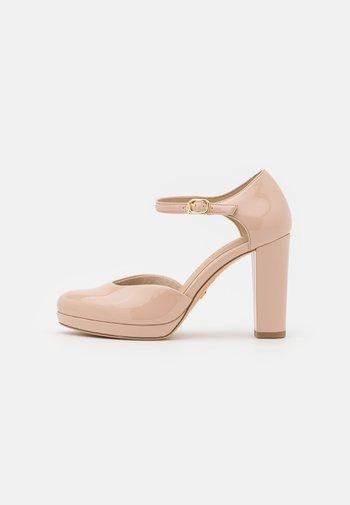 Platform heels - nude