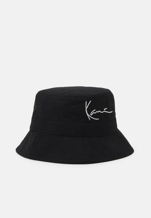 SIGNATURE BUCKET UNISEX - Hat - black