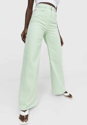 Široké džíny