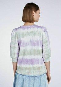 SET - MIT BATIK-LOOK - Sweatshirt - lilac green - 2