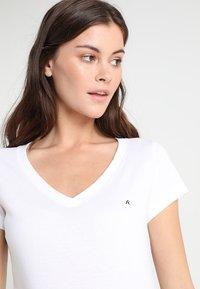 Replay - 2 PACK - Basic T-shirt - white/black - 3