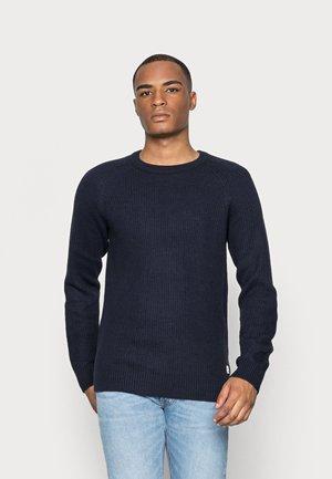 JJEPANNEL CREW NECK - Stickad tröja - navy blazer