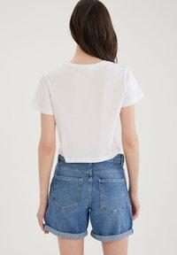 DeFacto - PACK OF 2 - Basic T-shirt - white - 2