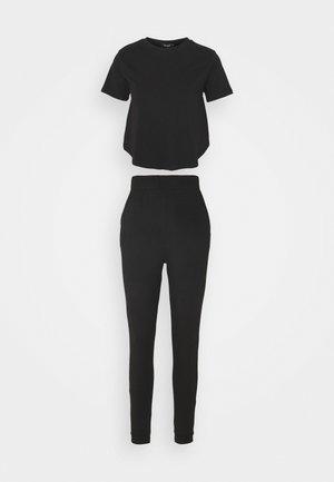 KNOT FRONT WIDE LEG LOUNGE SET - Pyjamas - black