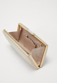 Forever New - FRANKIE FRAME - Clutch - champagne - 5