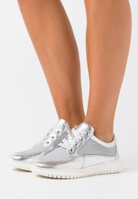 Caprice - Trainers - silver - 0