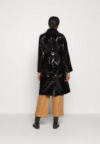 Bruuns Bazaar - JOSETTE GABY COAT - Halflange jas - black - 2