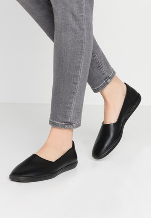ECCO SIMPIL W - Loaferit/pistokkaat - black