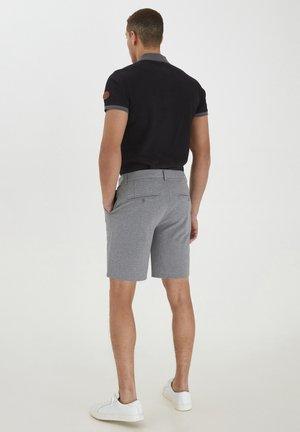 JANIS - Shorts - grey denim