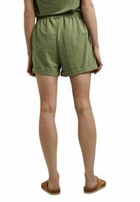 Esprit - Shorts - light khaki - 2