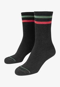 Urban Classics - 2 PACK - Socks - black green red - 2