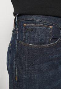 Emporio Armani - Slim fit -farkut - blue denim - 3