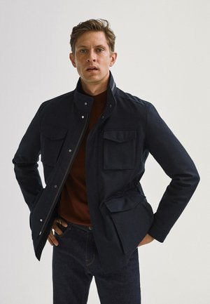 MIT VIER TASCHEN  - Light jacket - blue-black denim