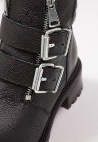 KIOMI - Cowboystøvletter - black - 2