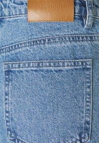 Missguided Petite - EXTREME SPLIT WRATH - Jean droit - light blue - 2