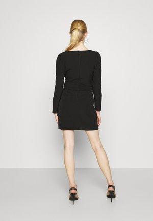 SQUARE NECK BOW - Shift dress - black