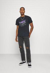 Mennace - ON THE RUN  - Jeans baggy - black - 1