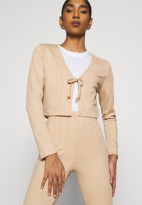 Topshop - FLARE AND TIE FRONT SET - Cardigan - sand - 3
