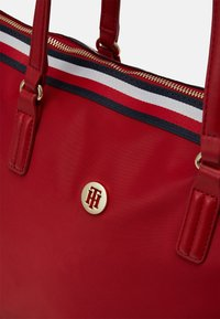 Tommy Hilfiger - POPPY TOTE CORP - Tote bag - red - 4