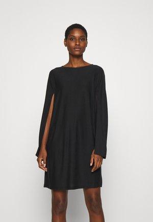 Korte jurk - blackboard