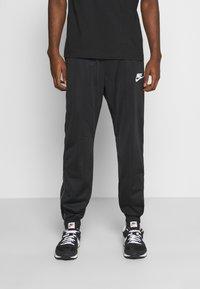 Nike Sportswear - PANT - Teplákové kalhoty - black/white - 0