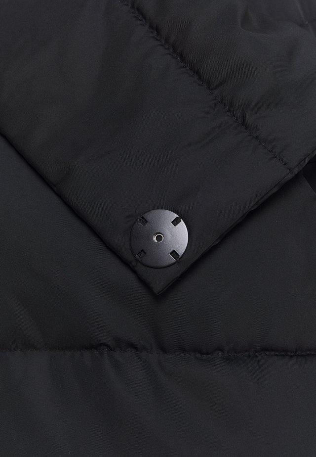 CMMICCO-JA - Kabát zprachového peří - black