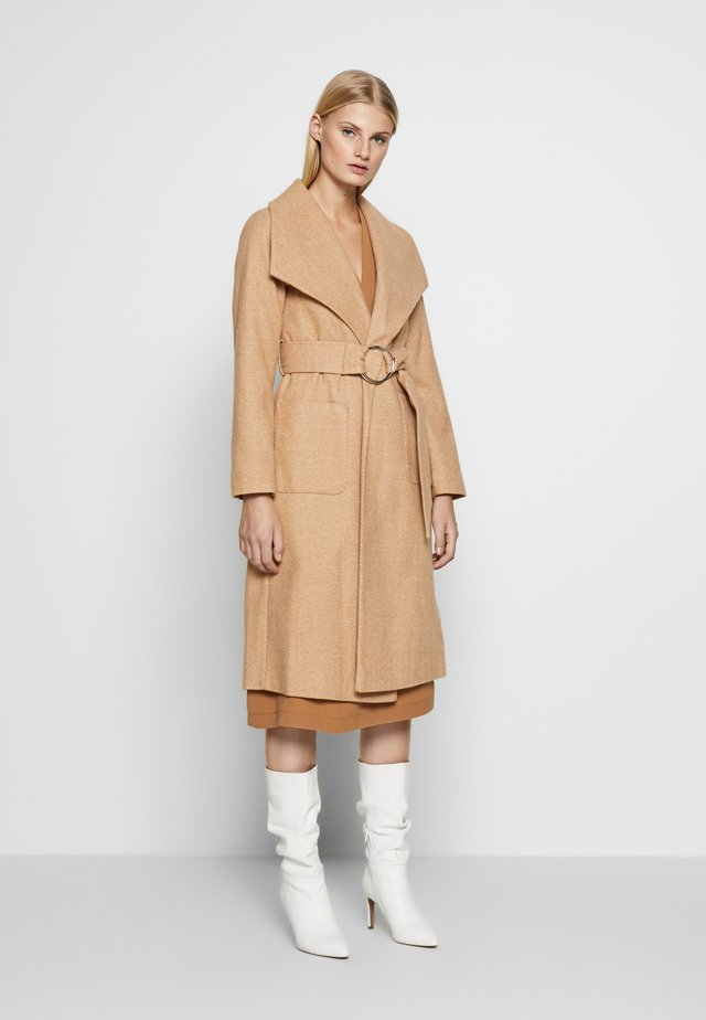WRAP COAT - Trenchcoat - camel