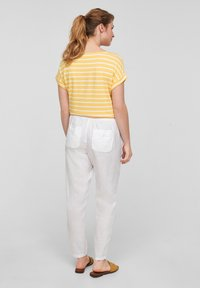 s.Oliver - Print T-shirt - sunset yellow stripes - 2