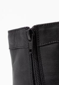 Anna Field - LEATHER WINTER BOOTIES - Botines con cordones - black - 2