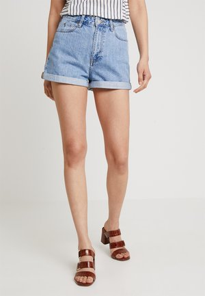 JENN - Denim shorts - light retro