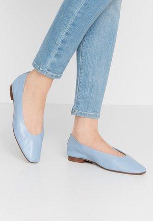 LEAH SOFTY BALLET - Ballet pumps - power blue
