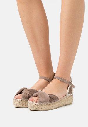 EZILDA - Platform sandals - taupe